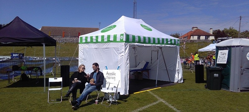 Photo of a Migloo tent.