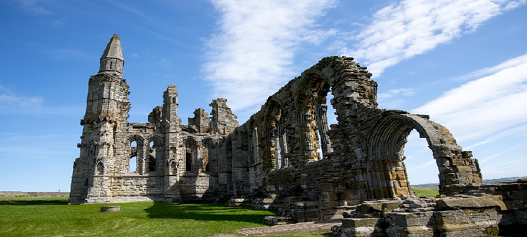 photo of abbey ruins in Whitby.