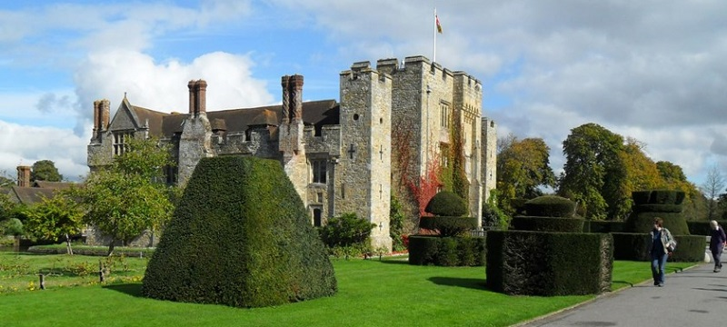 Photo of Hever Castle.