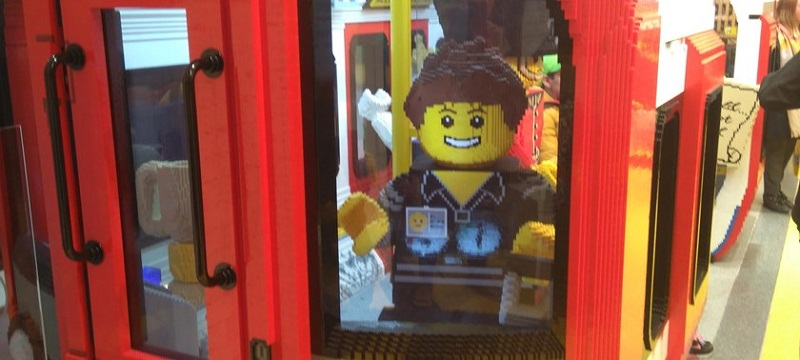 Photo of the LEGO store.