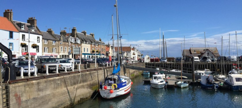 Photo of Anstruther quayside.