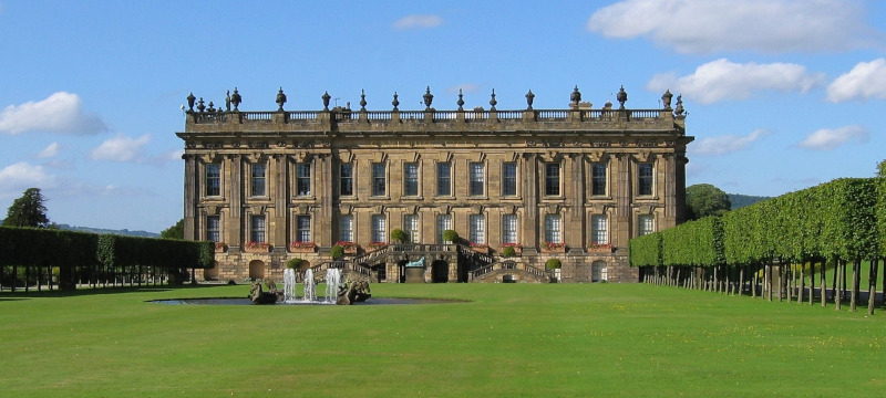 Photo of Chatsworth House.