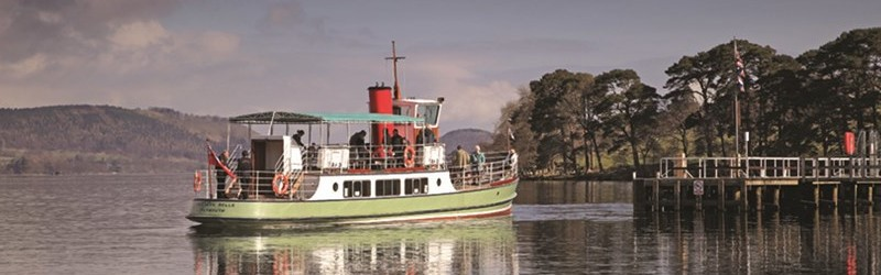 Photo of a steamer on Ullswater in the Lake District.