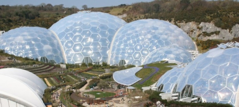 Photo of the domes at the Eden Project.