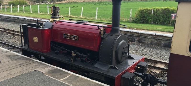 Photo of a locomotive on the Bala Lake Railway.