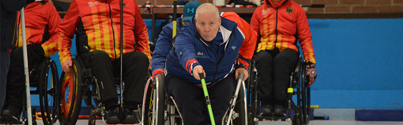 Image of Gary curling