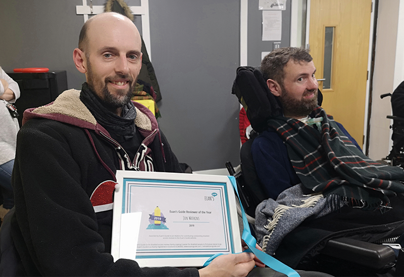 Image of Jon with his award pictured next to Euan.