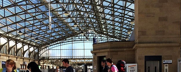 Photo of Aberdeen train station.