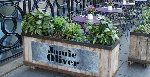 Photo of Jamie Oliver restaurant.