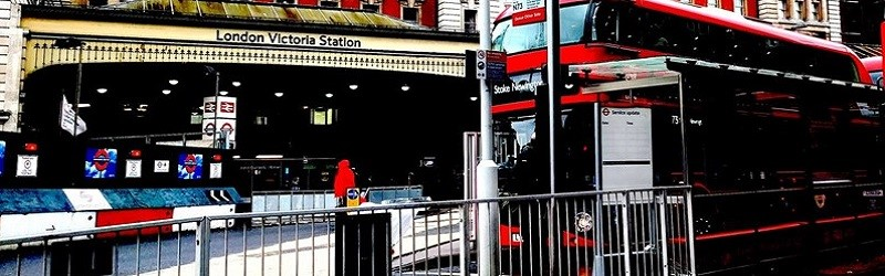 Photo of a London bus from one of squirrelpot's reviews.