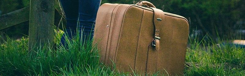 Photo of a suitcase.