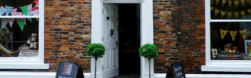 Photo of a doorway.