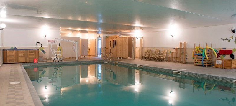Photo of Greenbanks Hotel swimming pool.