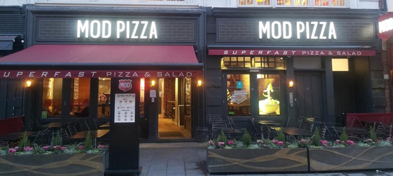 Mod Pizza Restaurant With Disabled Access London