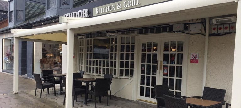 Tudor Kitchen And Grill With Disabled Access Euans Guide