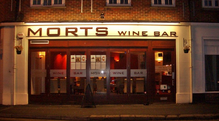 Morts Wine Bar
