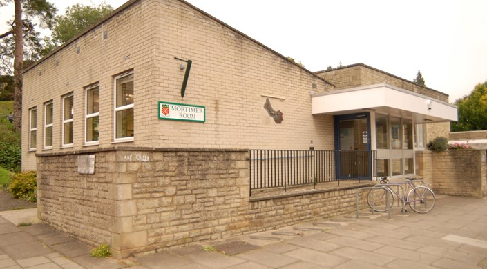 Nailsworth Library