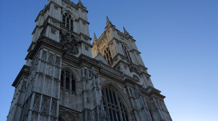 Accessible Tours of Westminster Abbey (BSL, Audio Described)