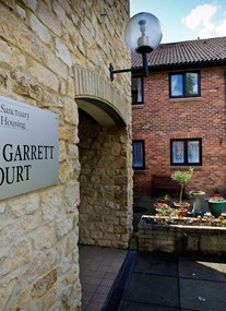 Harry Garrett Court